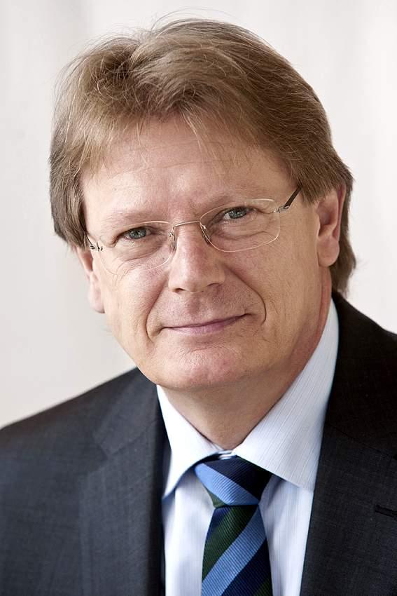Uwe E. Wirth